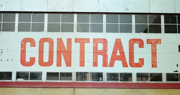 What every Indian should know before entering into a valid contract