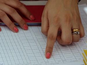 Voter-list-AFP