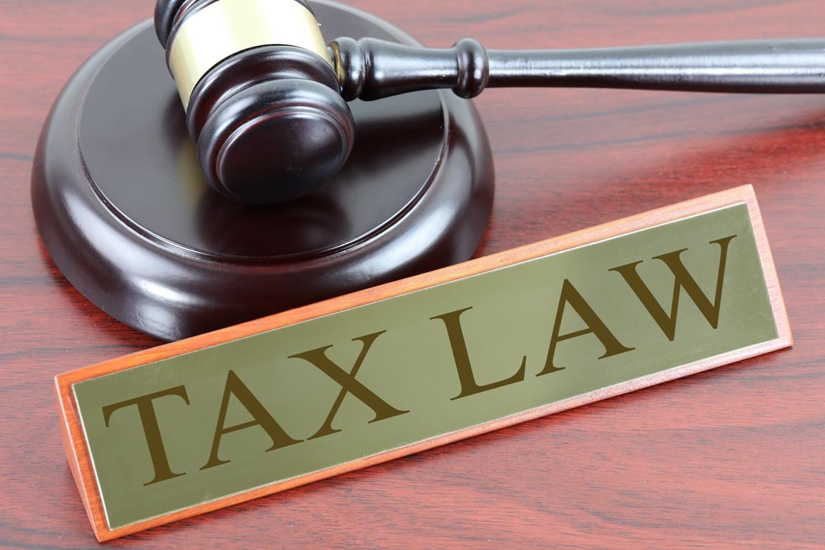 Why tax lawyers are the richest lawyers ?